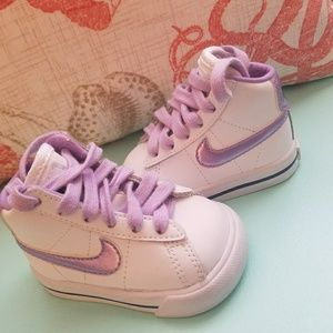 NIKE infant 2c ,mint condition